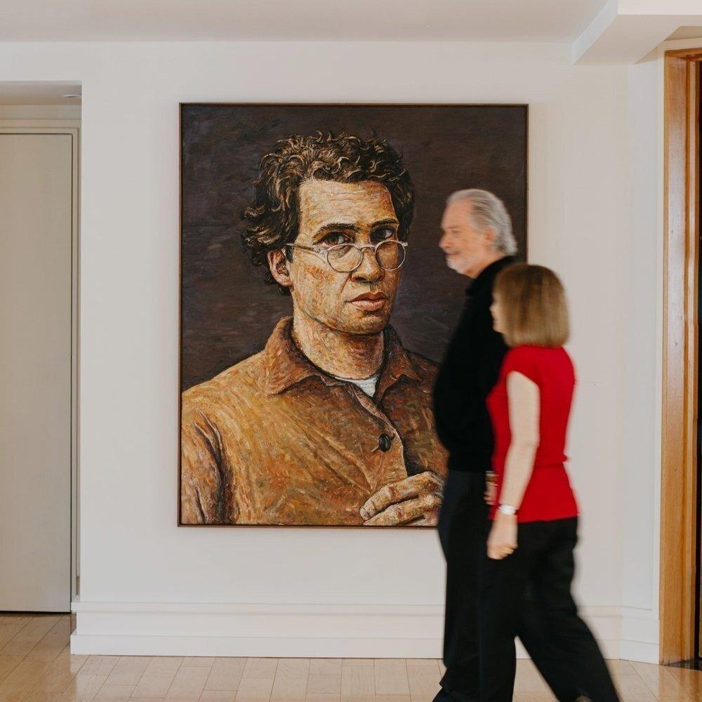 Garrett Portrait Art Focus Candid Walking 181228 190948